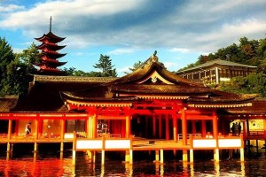 Itsukushima_Shrine1