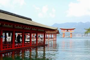 Itsukushima_Shrine2