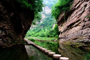 Longtan_Valley2