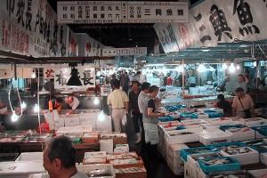 Tsukiji_fish_market2